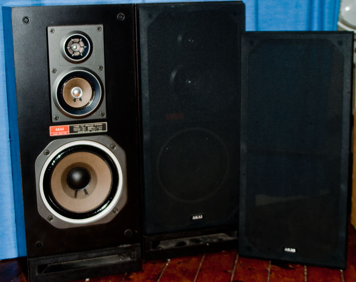 Akai Furniture AKAI SW-T2 Three Way Speakers – $50AUD good for any party in and ...